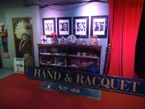 20151015 Hand & Racquet Sign 6